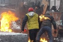 Аз ҷарақаи ҷанг дар Украина кӣ манфиат мебарад?