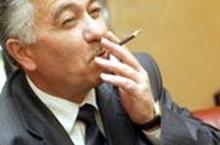 """Русҳо Искандаровро бар ивази чӣ """"фурӯхтанд""""?"""